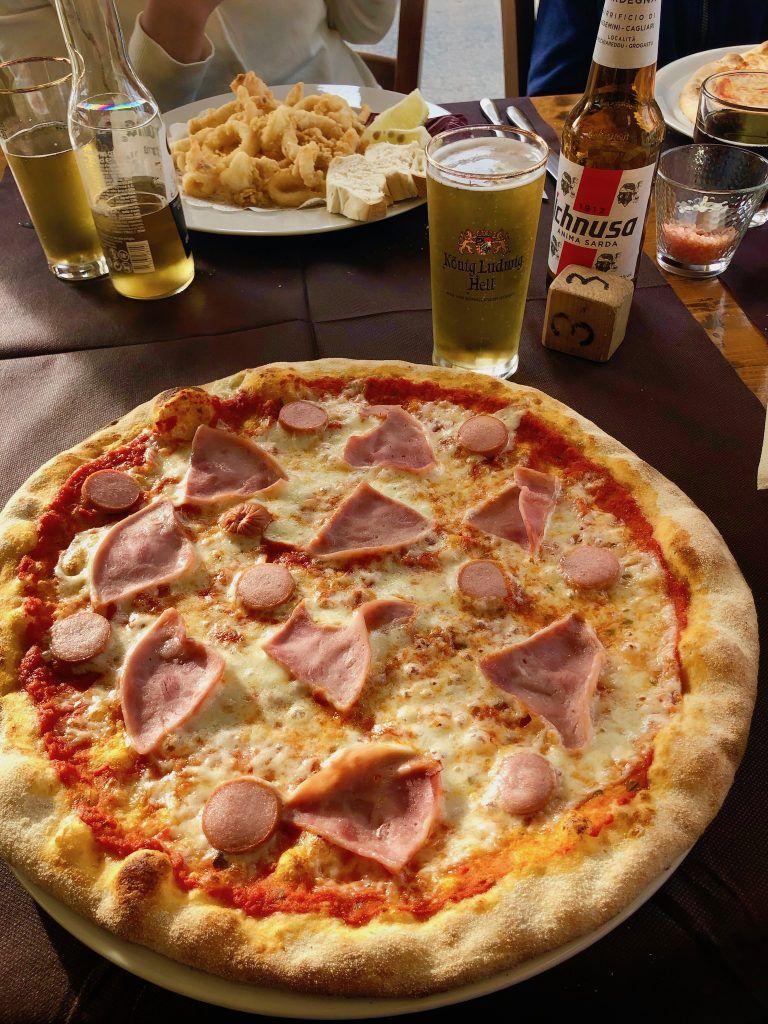 Immer wieder Pizza in allen Facetten und Variationen – ein Hochgenuss für Freunde der italienischen Küche. Foto: Sascha Tegtmeyer