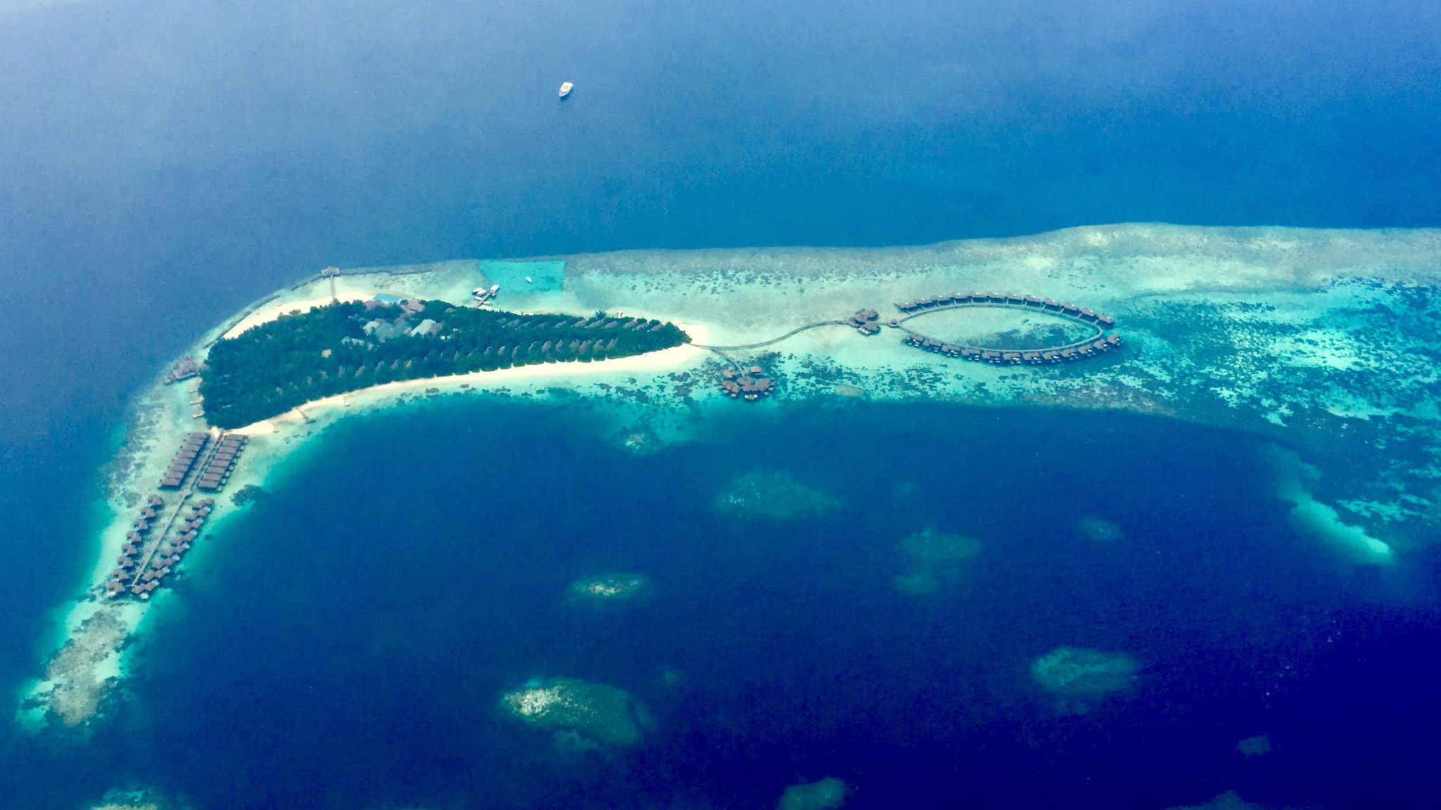 Luftaufnahme von Coco Bodu Hithi: die paradiesische Insel befindet sich im Nord-Malé-Atoll. Foto: Sascha Tegtmeyer