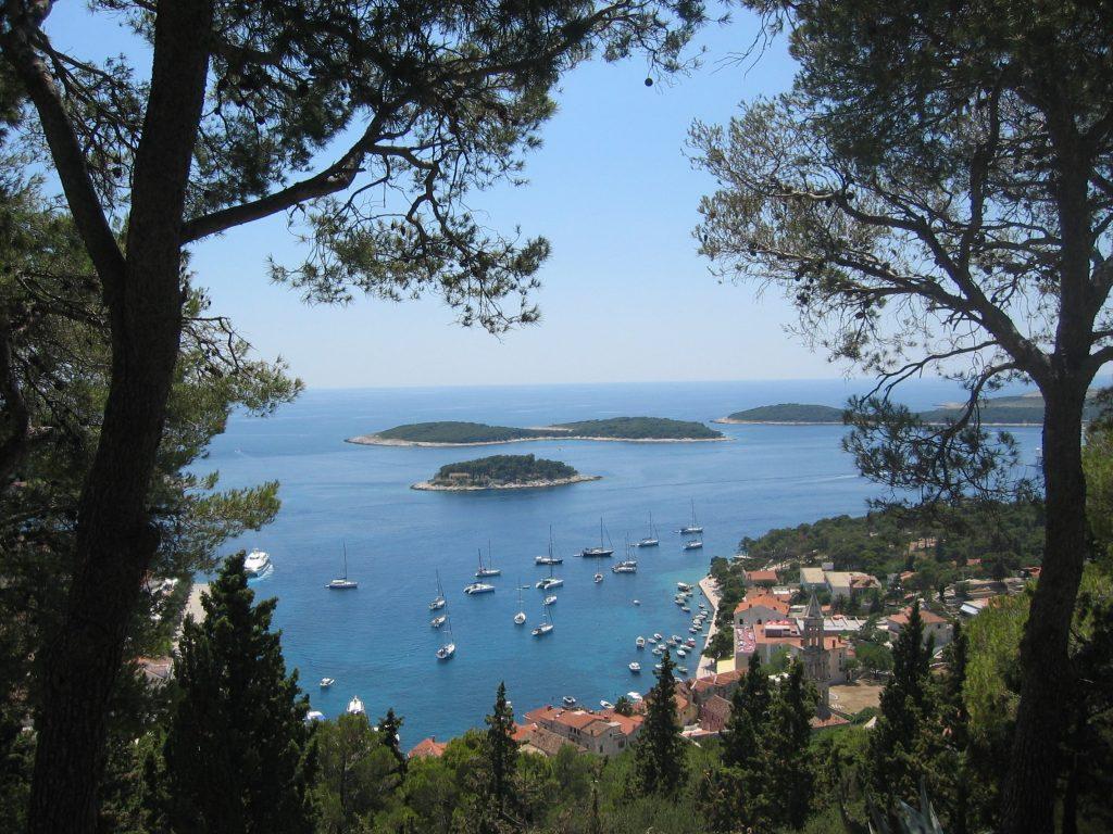 Vor der Küste Kroatiens liegen viele Wracks – ein Abenteuerspielplatz für Taucher. Foto: Pixabay
