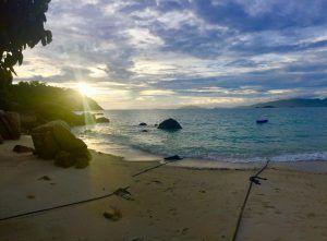 Auf Koh Lipe gibt es den Sunrise und den Sunset Beach: benannt nach Sonnenaufgang und Sonnenuntergang. Foto: Sascha Tegtmeyer