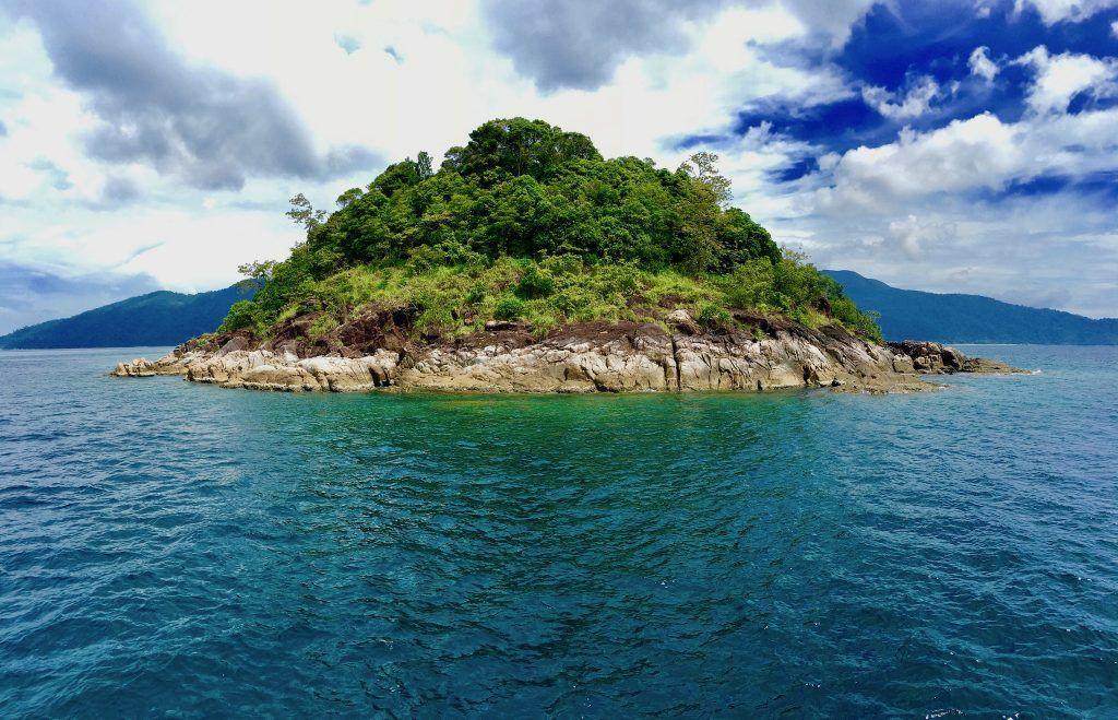 Wilde und unberührte Natur gibt es im Tarutao Nationalpark zu entdecken. Foto: Sascha Tegtmeyer