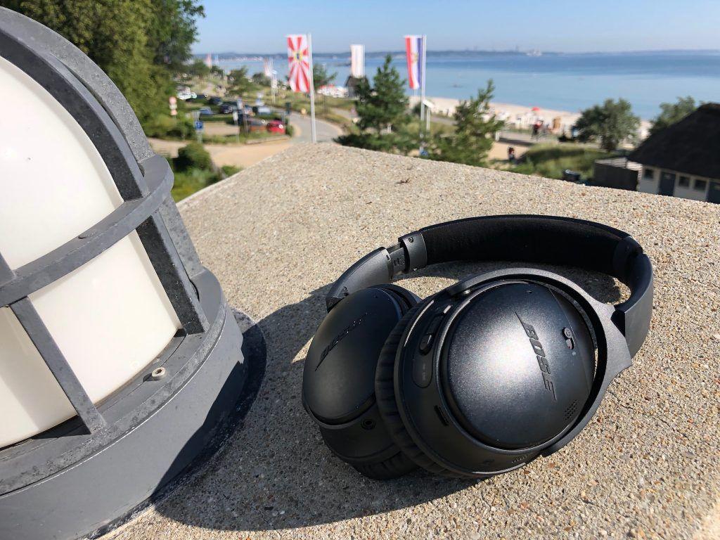 Das Design des Bose QuietComfort QC35 II ist zweckmäßig – bei diesem Top-Kopfhörer zählen die inneren Werte.