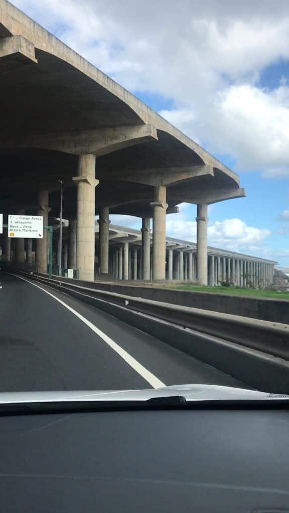 Imposantes Bauwerk: Der Cristiano Ronaldo International Airport auf Madeira zählt zu den gefährlichsten Flughäfen der Welt! Foto: Sascha Tegtmeyer