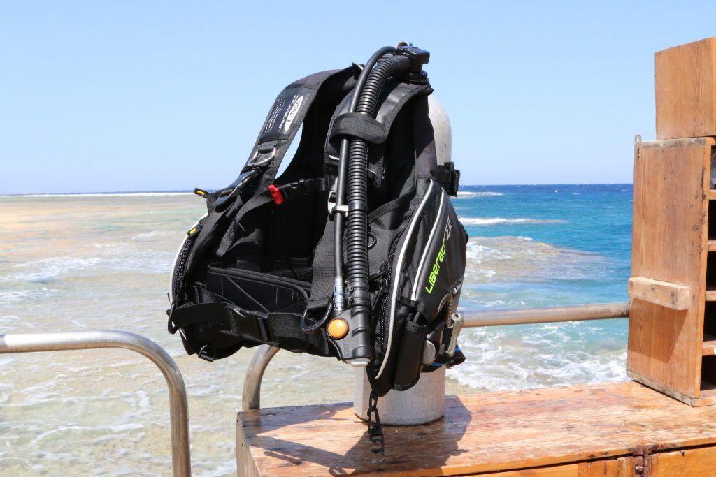 Tusa Liberator Sigma II Tarierjacket im Test: Wir haben das Jacket im Tauchurlaub in Ägypten ausgiebig getestet. Foto: Sascha Tegtmeyer