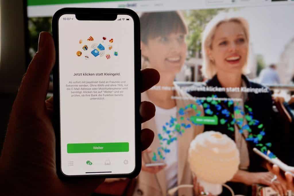 Mit paydirekt könnt Ihr auch schnell und einfach über die Smartphone-App Geld senden und empfangen. Foto: Sascha Tegtmeyer