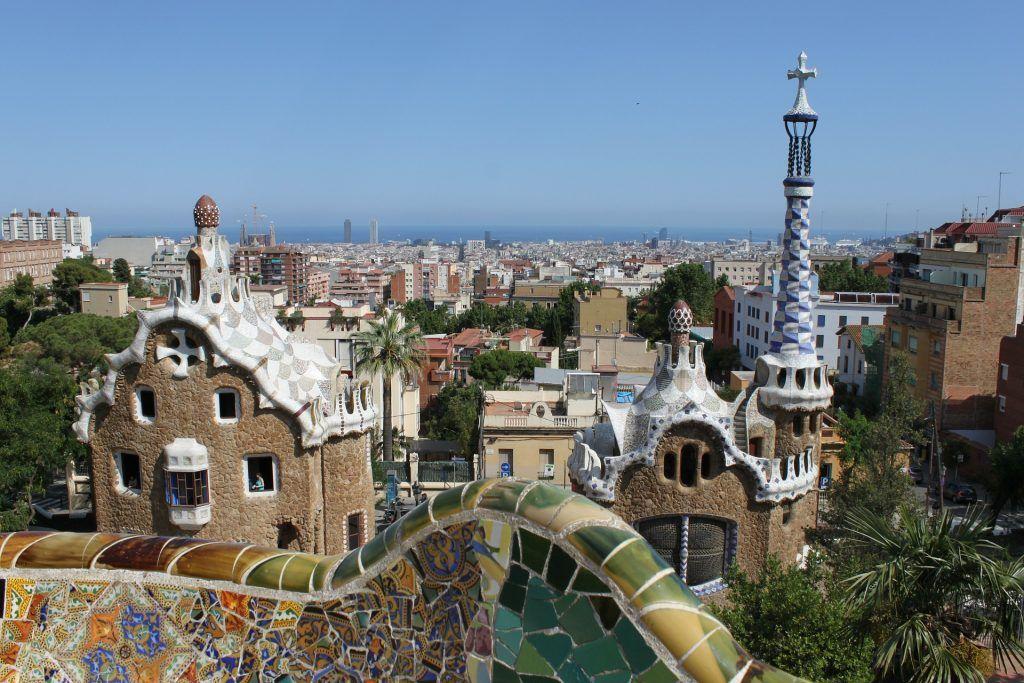 Städtereise nach Barcelona im Frühling: März, April und Mai sind die perfekte Jahreszeit für eine Städtereise. Foto: Pixabay