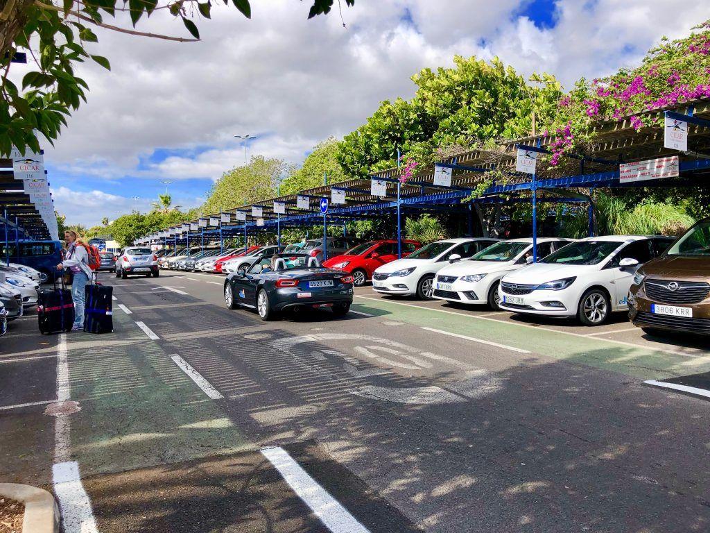 Euren Teneriffa-Mietwagen könnt Ihr auch am Flughafen an der entsprechenden Station abholen. Foto: Sascha Tegtmeyer