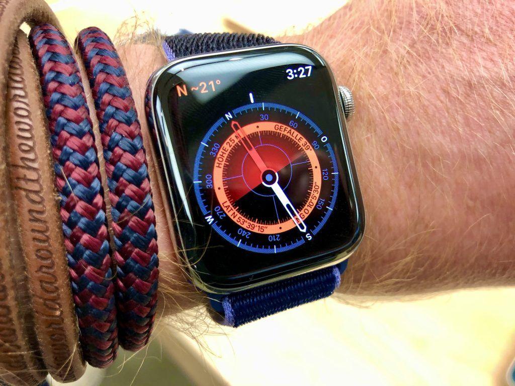 Der magnetische Kompass gehört zu den wichtigsten Neuerungen der Apple Watch Series 5. Foto: Sascha Tegtmeyer