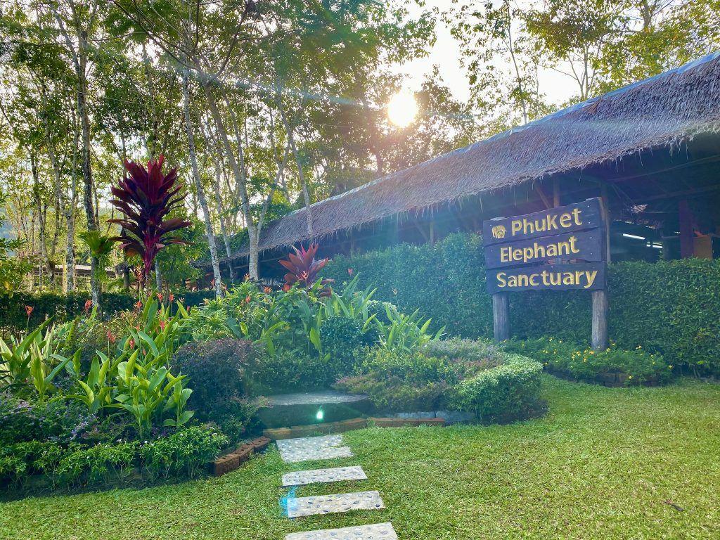 Das Phuket Elephant Sanctuary ist die erste Einrichtung ihrer Art auf der Insel. Foto: Sascha Tegtmeyer
