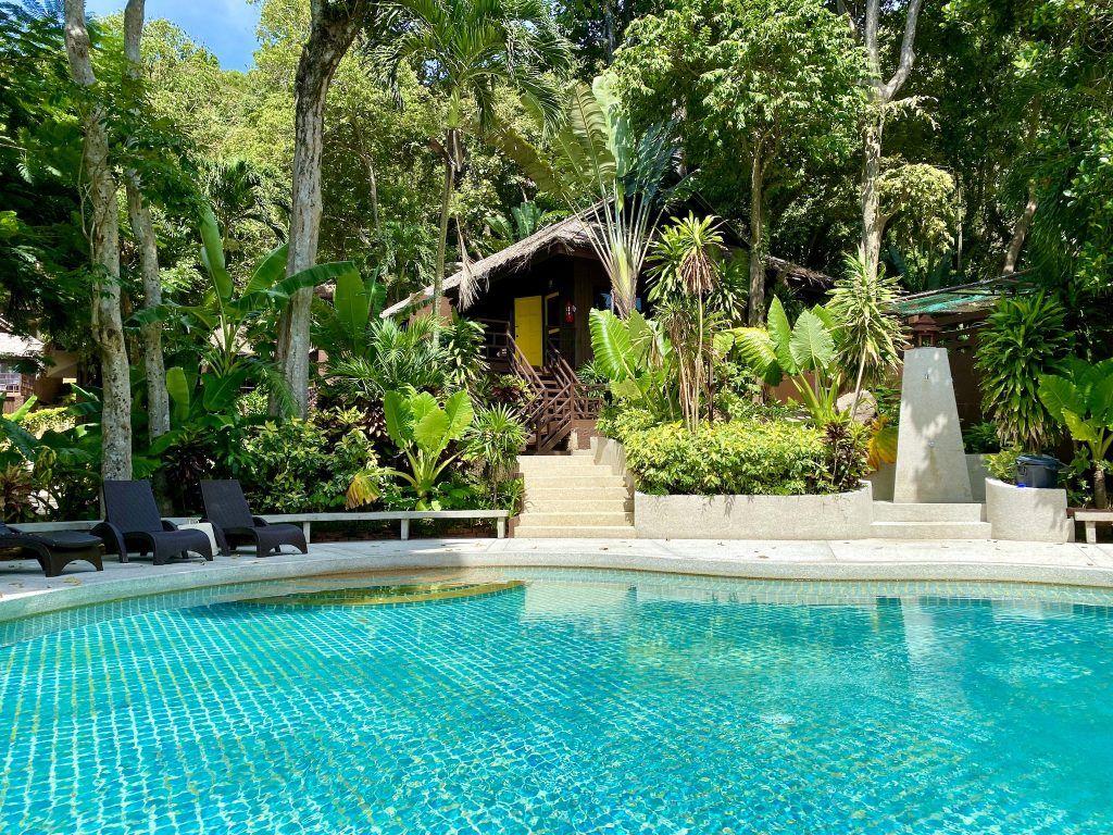 Blick auf meinen Bungalow im Baan Krating Resort. Foto: Sascha Tegtmeyer
