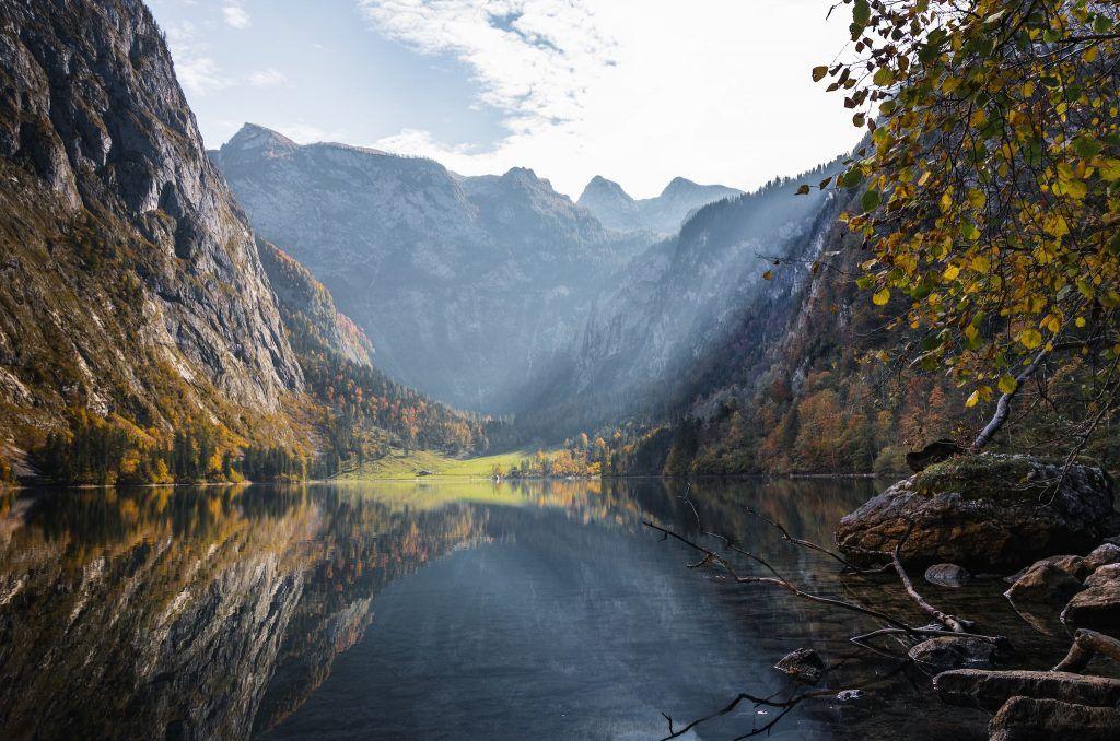 Der Königsee zählt zu den schönsten Urlaubsregionen in Bayern – und sicher auch in ganz Deutschland. Foto: Unsplash