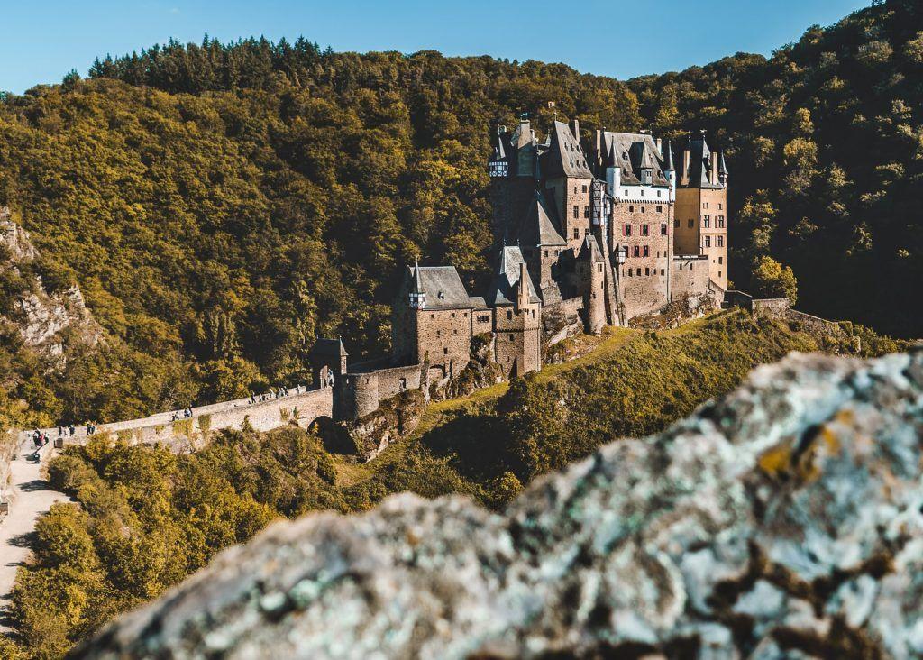 Die Burg Eltz an der Mosel ist wohl eines der meistfotografierten Motive in Deutschland. Foto: Unsplash