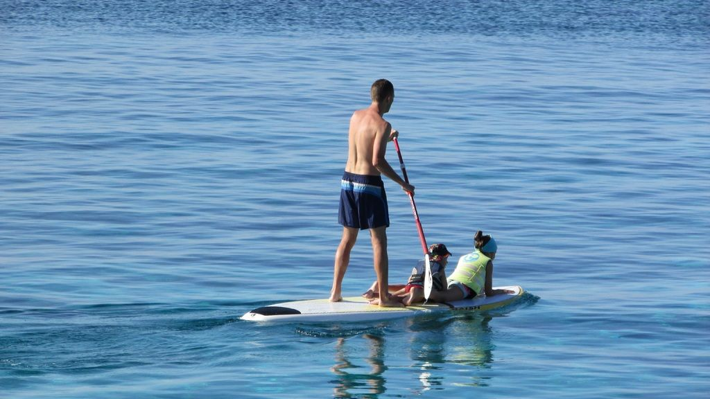 Sustainable SUP environmental protection plastic waste pollution a boat vacation paddle vehicle sailing 628359