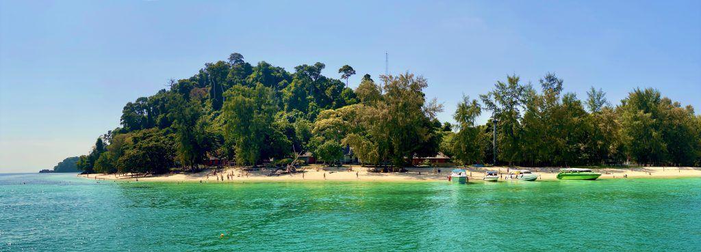 Koh Ngai (Chicken Island): Koh Mook, Koh Kradan und Koh Ngai sind ein paradiesisches Dreiergespann. Foto: Sascha Tegtmeyer
