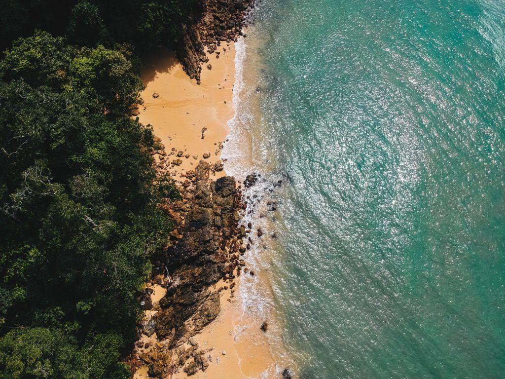 Traumstrand auf Koh Phayam: die Insel gehört auch noch zu den Destinationen, die noch nicht komplett überlaufen sind.