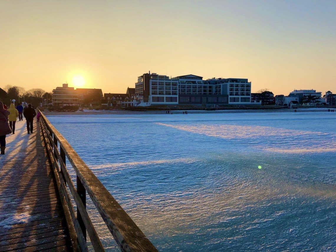 Ostsee-Urlaub im Winter: Wir haben wertvolle Tipps und Inspirationen für die Reise ans Meer in der kalten Jahreszeit zusammengestellt. Foto: Sascha Tegtmeyer