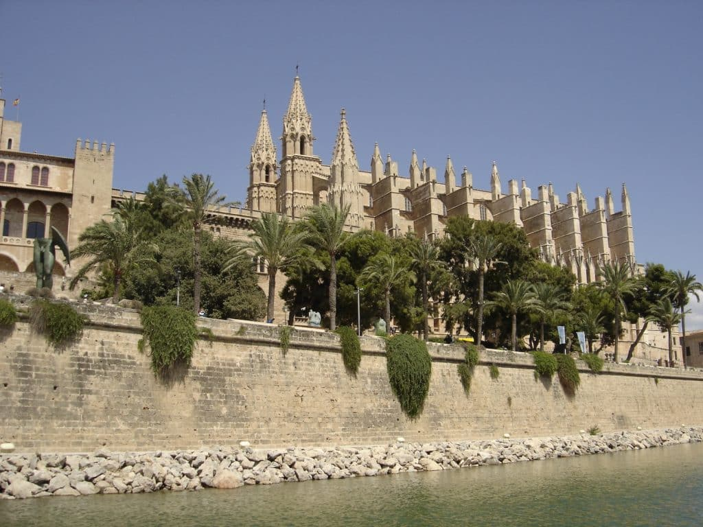 Die Kathedrale von Palma de Mallorca ist das ikonische Wahrzeichen der Stadt. Foto: Sascha Tegtmeyer