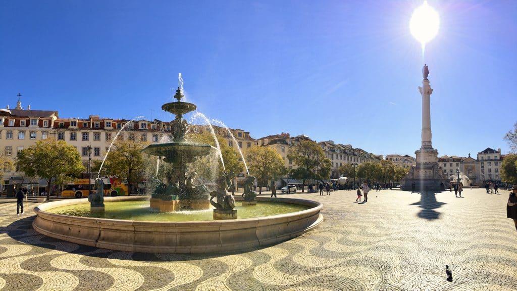 Lissabon ist ideal für einen günstig Städtetrip geeignet. Foto: Sascha Tegtmeyer Günstiger Urlaub - Tipps - Günstig Reisen buchen
